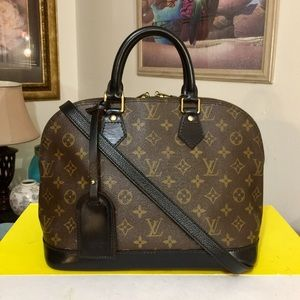 Louis Vuitton Alma Handbag 👜 Black
